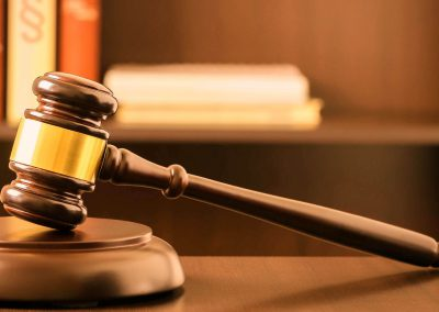 Justizhaushalt mit mehr Stellen für Richter, Staatsanwälte und Strafvollzug